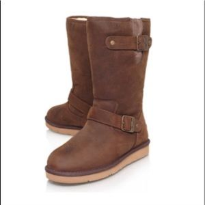 •UGG•  NWT Sutter Boot In Toast